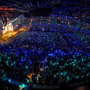 Xylobands lighting up Madison square garden new york