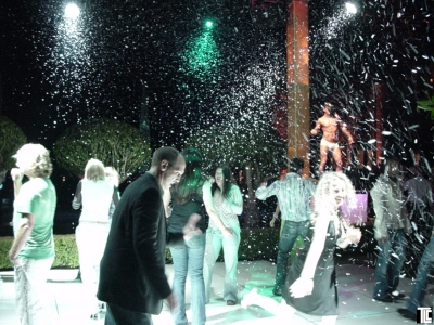 Snow effects at special event by TLC
