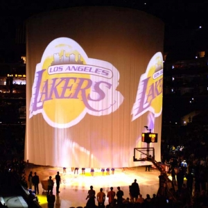 55993995NG001_Knicks_Lakers