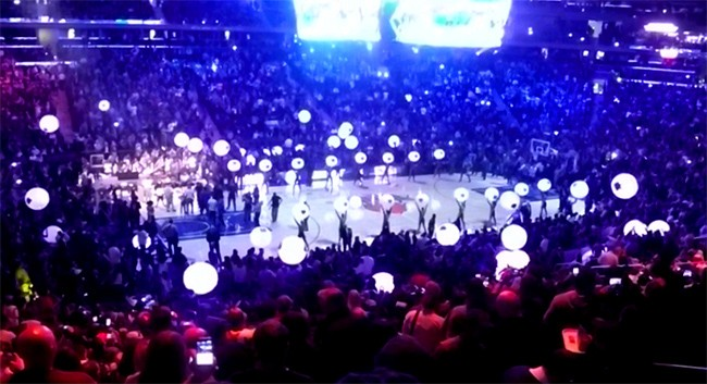 Glowballs light up NY Knicks season opener 2016