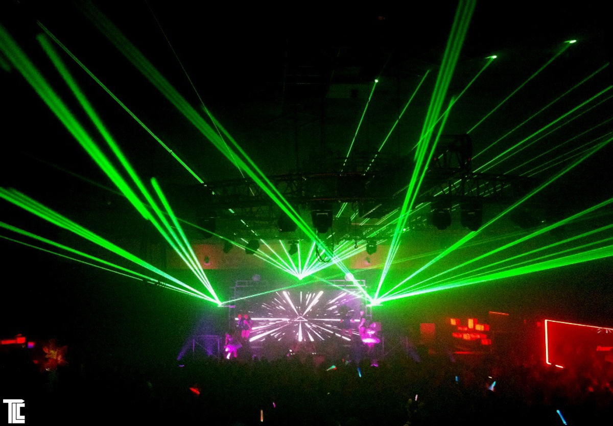 laser-light-show-production